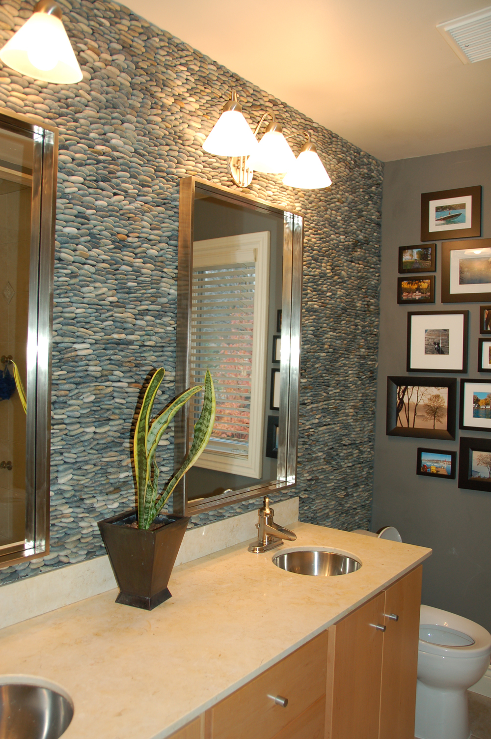 29 Great Ideas And Pictures Of River Rock Tiles For The