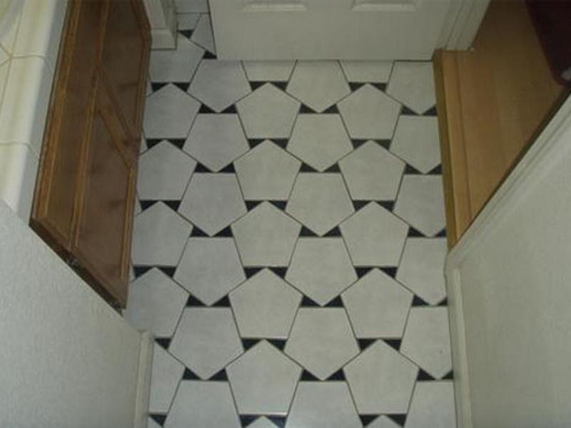 Unique-White-Bathroom-Tile-Ideas-Small-Bathroom