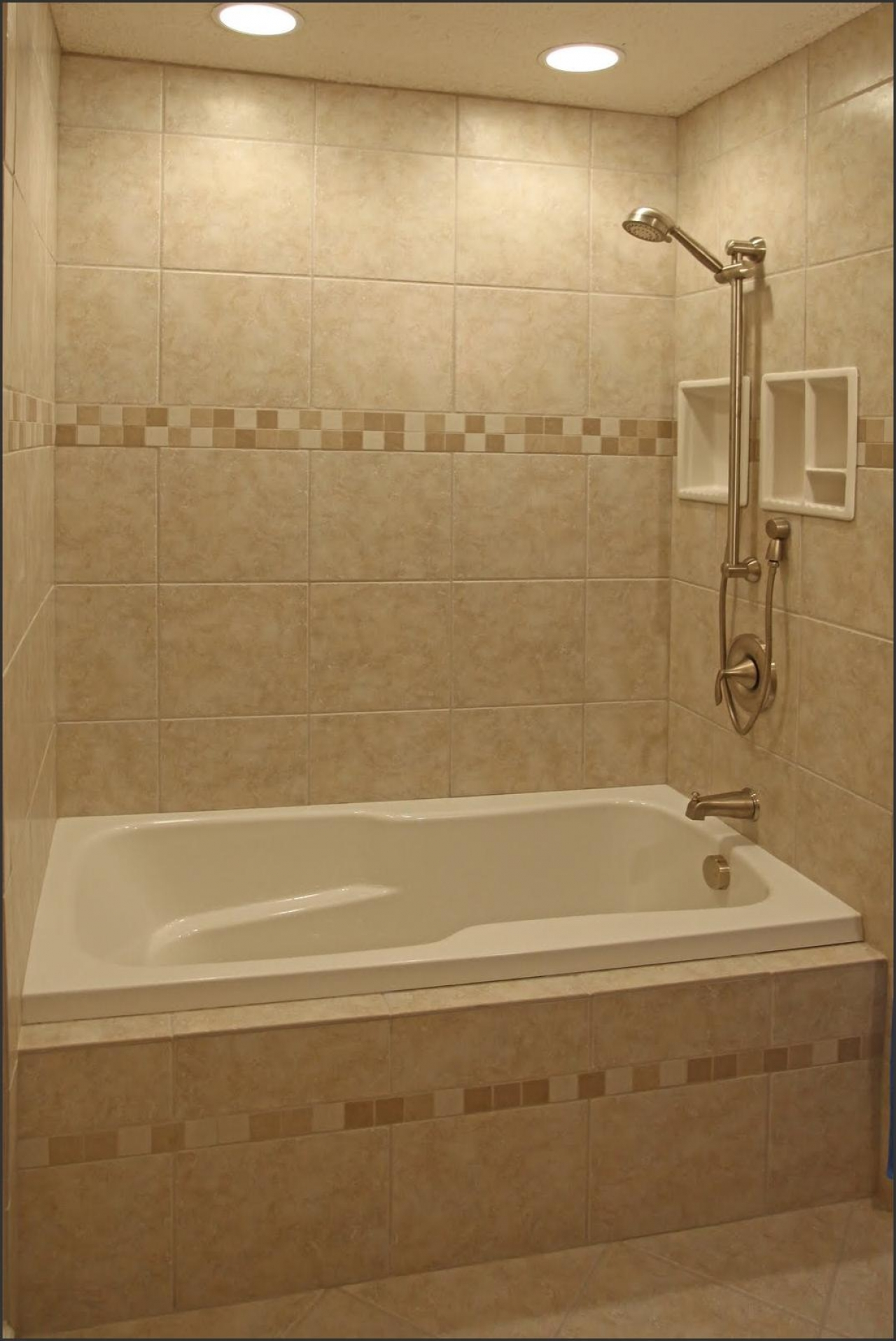 37 great ideas and pictures of modern small bathroom tiles for Images of bathroom tile ideas
