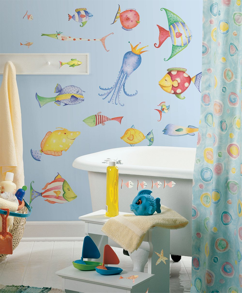 beach-themed-master-for-kids-using-white-porcelain-funny-wallpaper-cute-curtain-plastic-towel-stand-white-tub-wooden-window-unique-pendant-lamp-beach-themed-bathroom-ideas-bathroom-fresh-beach-theme