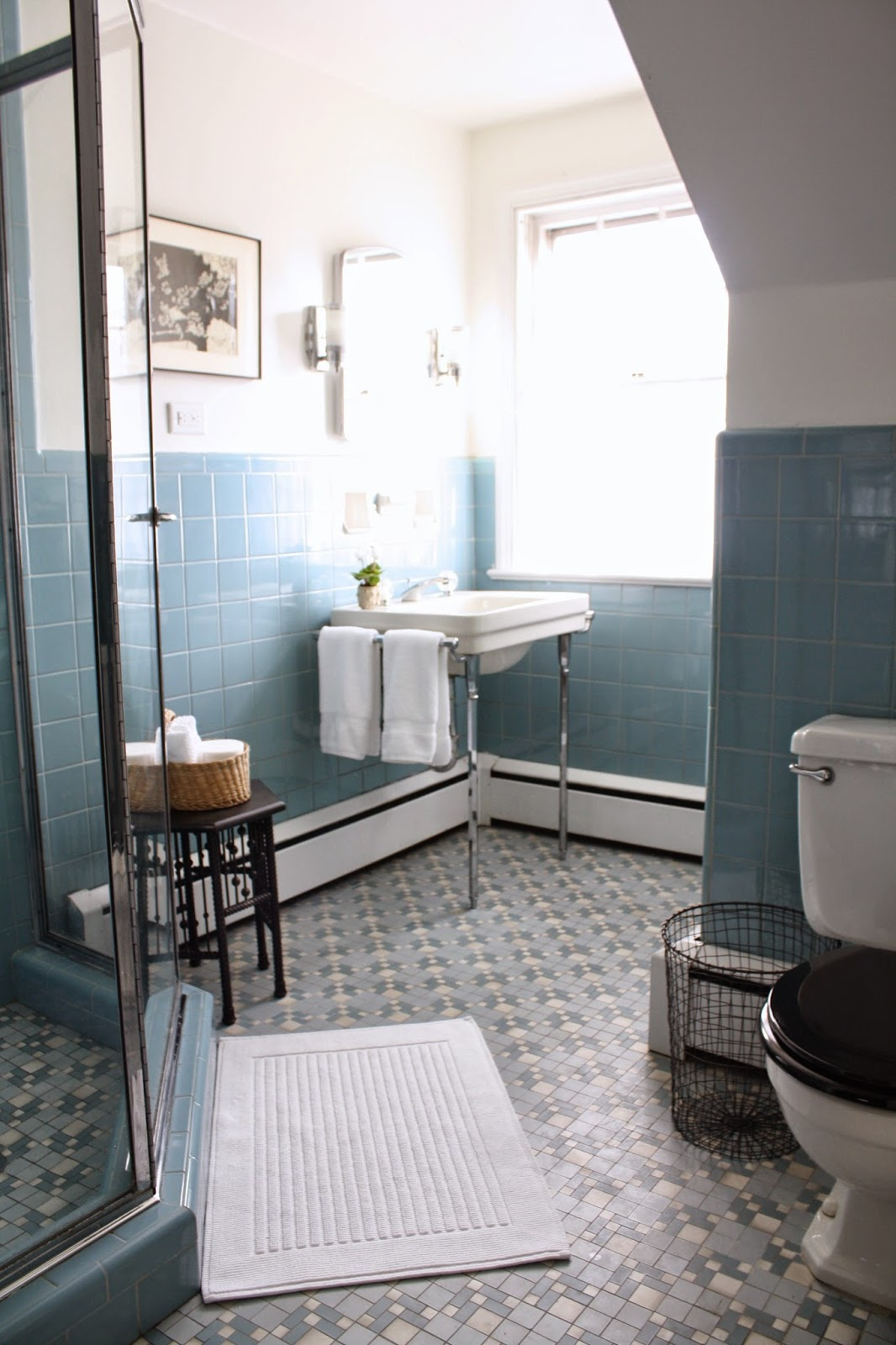 33 amazing pictures and ideas of old fashioned bathroom ... on Bathroom Tile Designs  id=44565