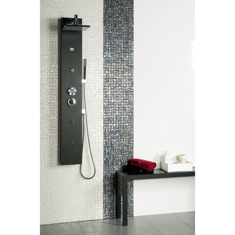 30 Ideas of using metallic mosaic tile in a bathroom