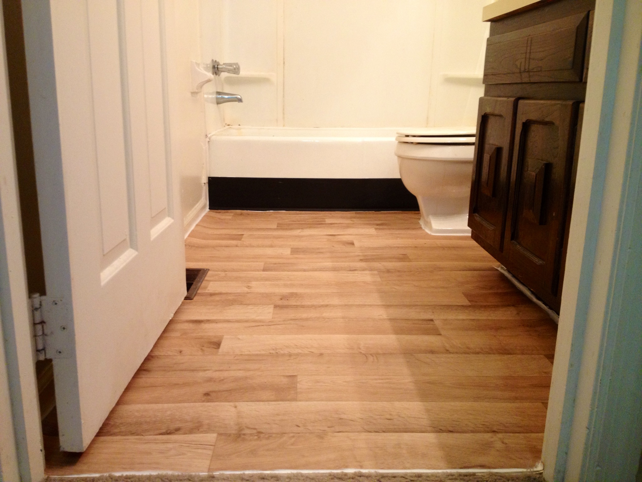 Vinyl Flooring For Kitchens Vinyl Flooring Pictures Bathroom All About Flooring Designs