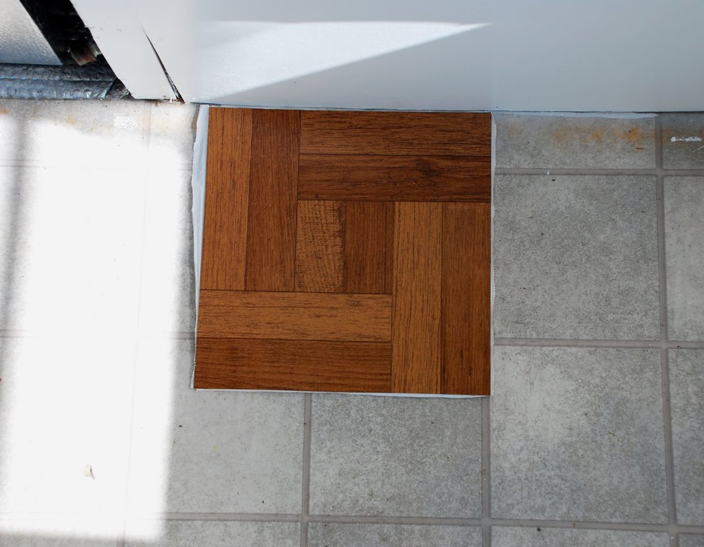 Unusual vinyl flooring modern house for Vinyl tile over linoleum
