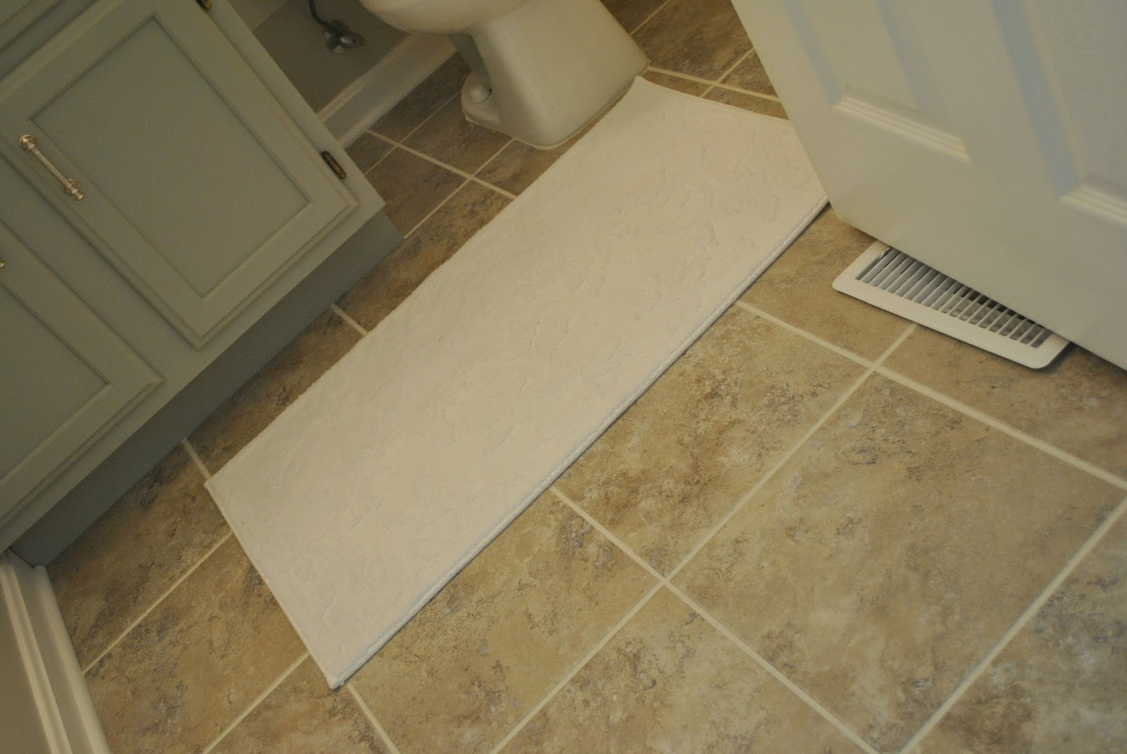 Vinyl bathroom flooring cost 2017 2018 best cars reviews for Beautiful floor designs