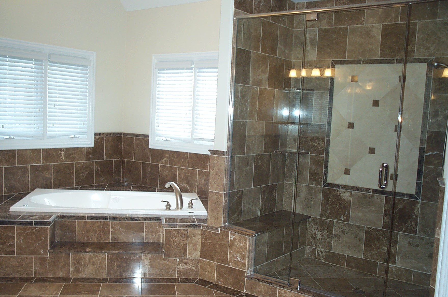 small bathroom remodeling designs with tile - Bathroom Remodeling Design
