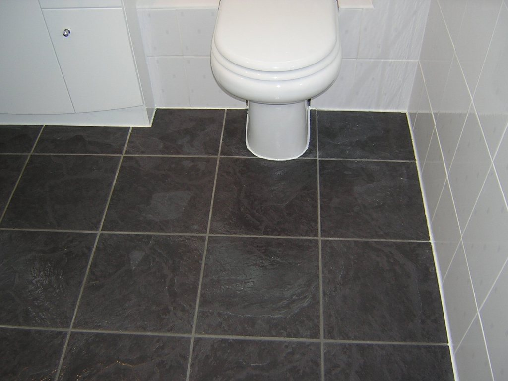 Interior Black Vinyl Sheet Flooring For Small Bathroom Spaces With