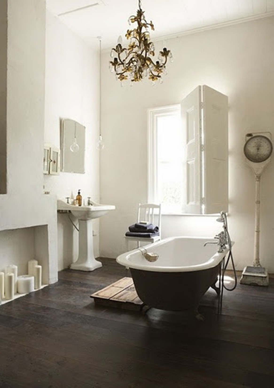 26 great pictures and ideas of victorian bathroom floor for Bathroom interior design white