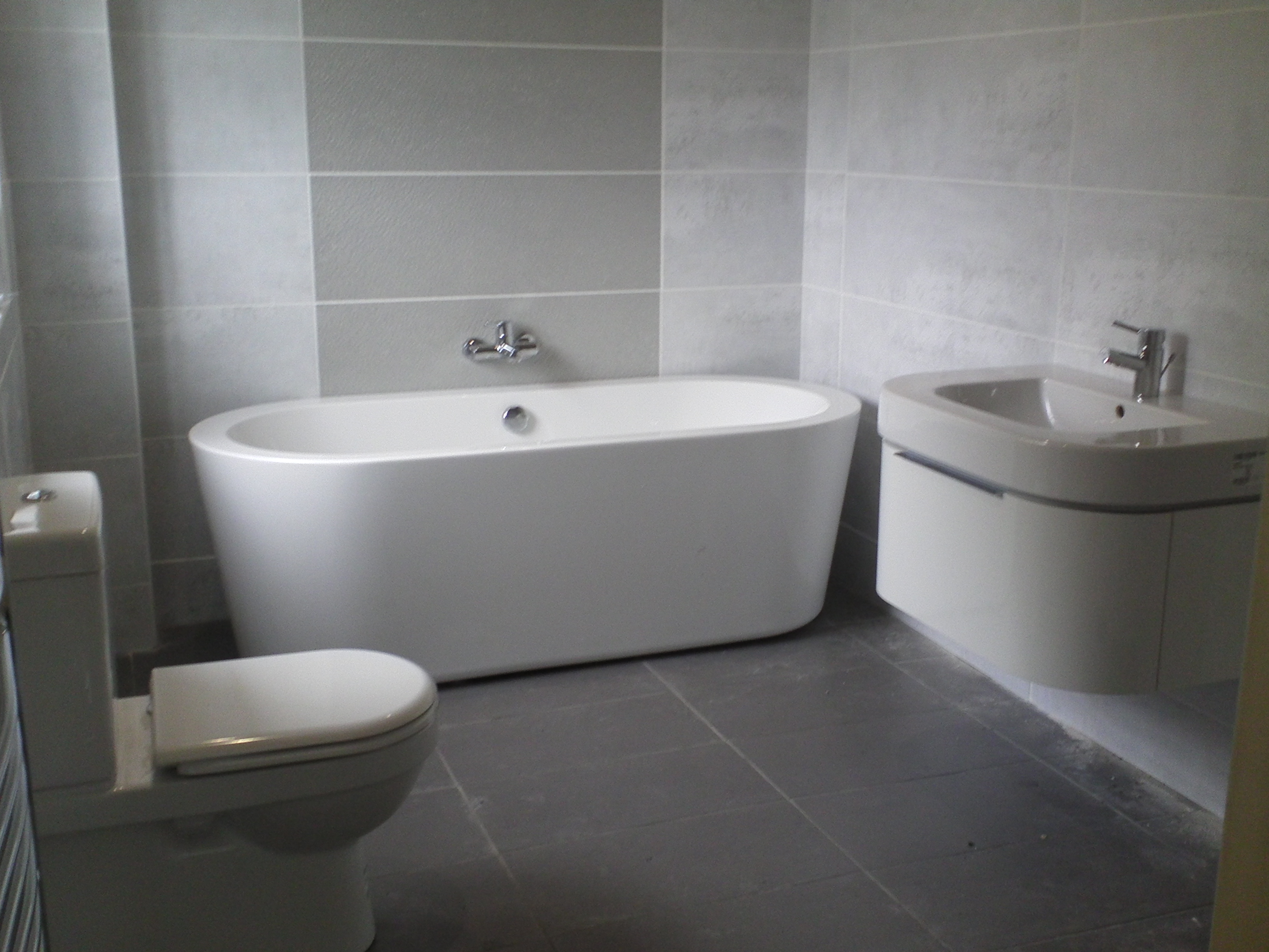 luxury-victorian-bathroom-ideas-uk-with-bathroom-design-ideas-2012-uk-imga0258-bathroom-design-melton-mowbray