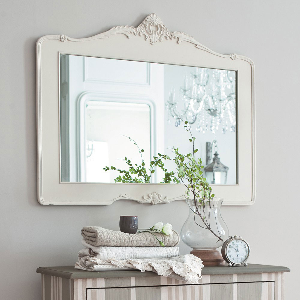marvellous-white-victorian-frame-mirror-design-ideas-also-towel-and-elegant-bathroom-vanities-as-well-as-glass-vase
