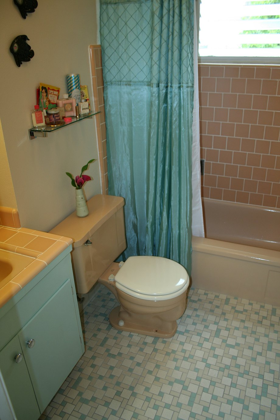 mid-century-bathroom-remodel-6-colorful-mosaic-floor-tiles-highlight-lauren-39-s-mid-century