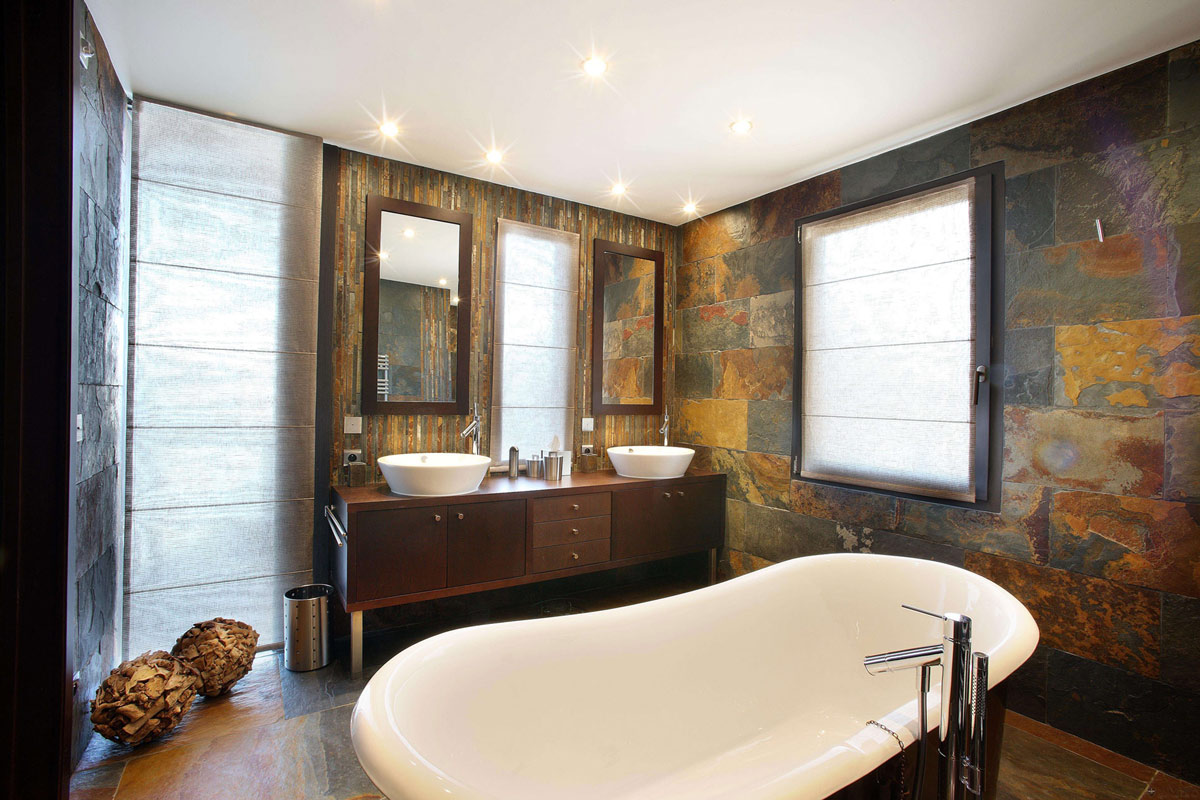 nifty-chalet-courchevel-bathroom-slate-tiles-bath-ideas-wonderful-antique-walls-in-cream-grey-white-classic-bathtub-natural-lighting-slate-tile-bathroom-ideas-bathroom-miraculous-slate-tile-bathroom