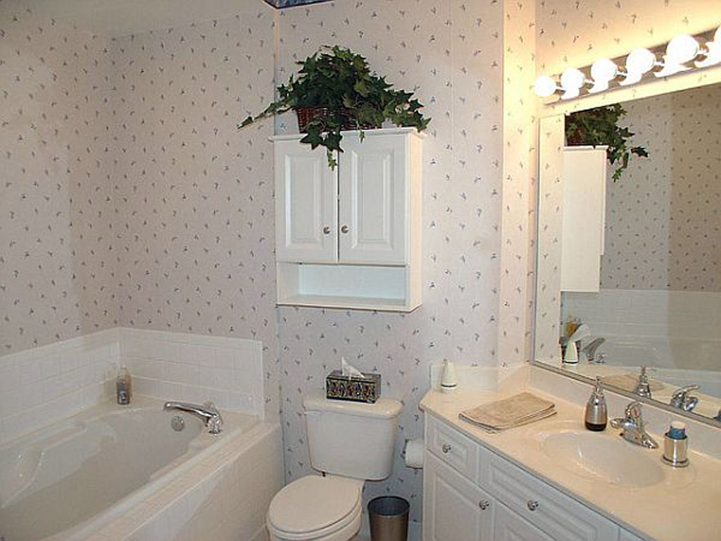 32 great ideas and pictures of plastic bathroom tiles