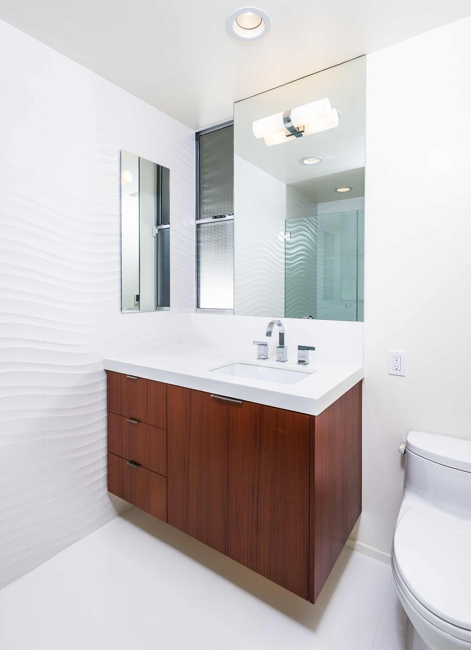skillful-renovation-iconic-mid-century-los-angeles-residence-22-small-bathroom-thumb-970xauto-20704