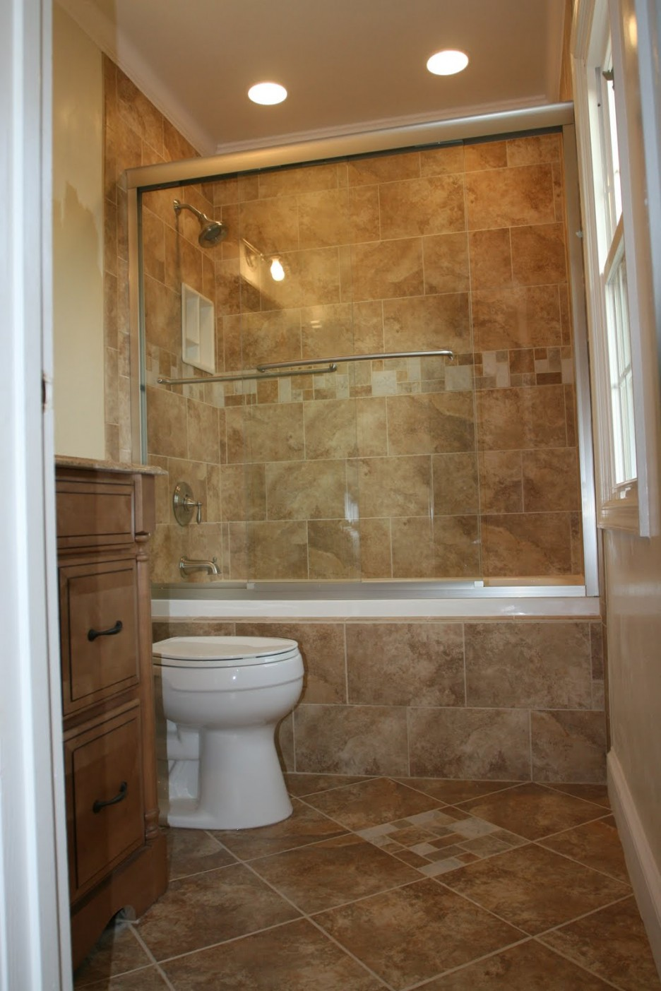 traditional-bathroom-tile-design-ideas