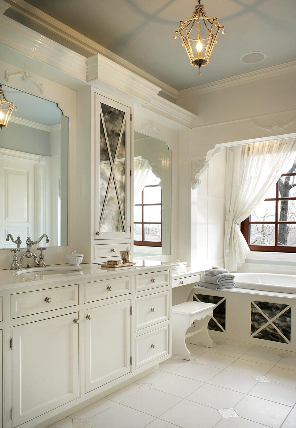 traditional-bathrooms31