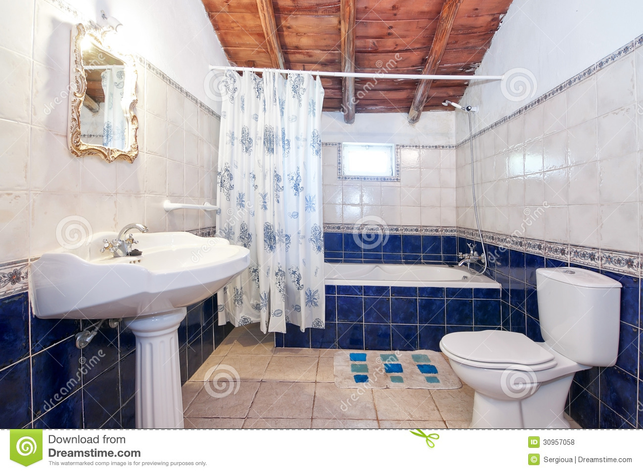 vintage-retro-bathroom-decoration-blue-tiles