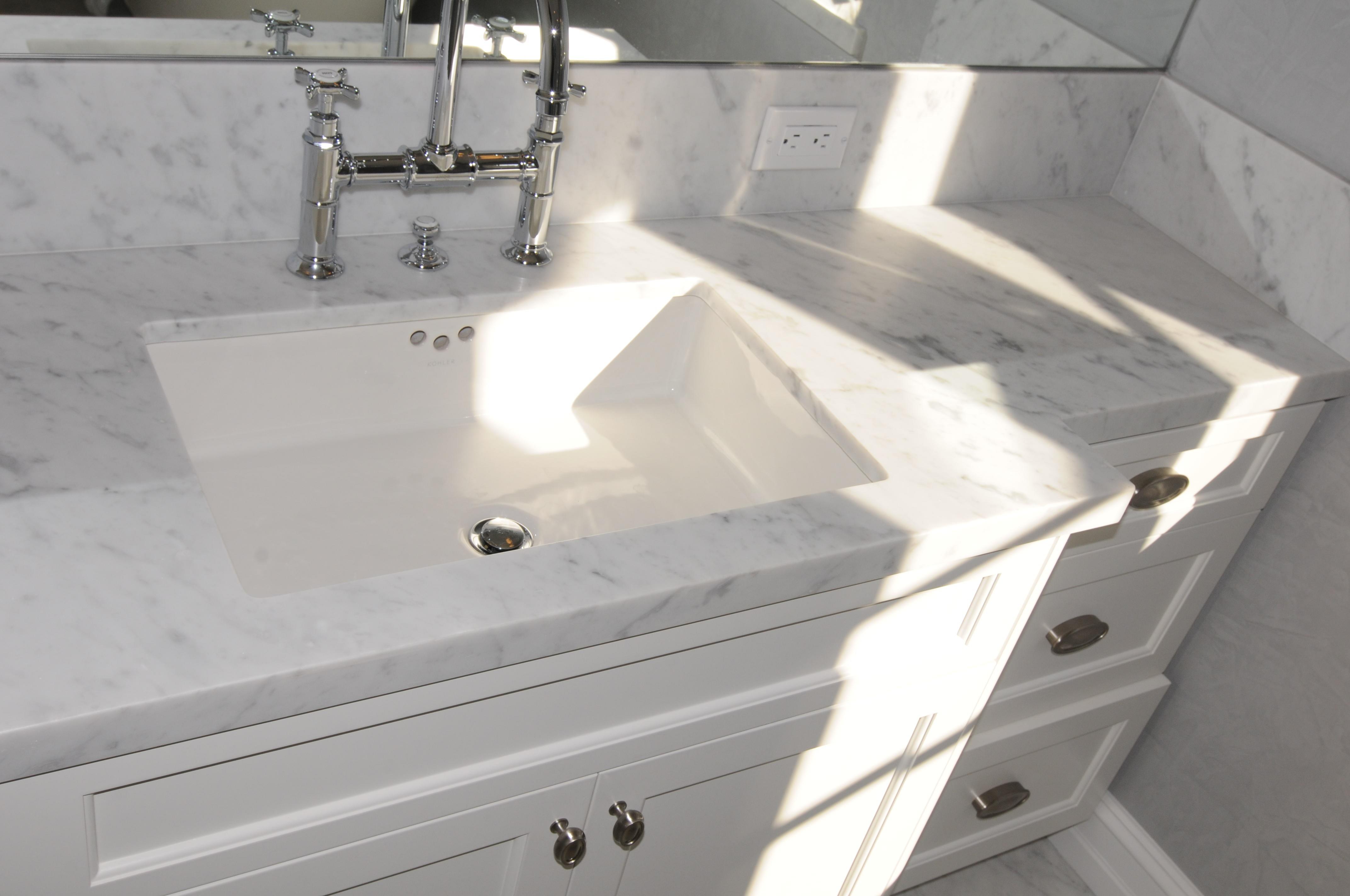 1 2 white bathroom ideas - White Bathroom Cabinets With Granite