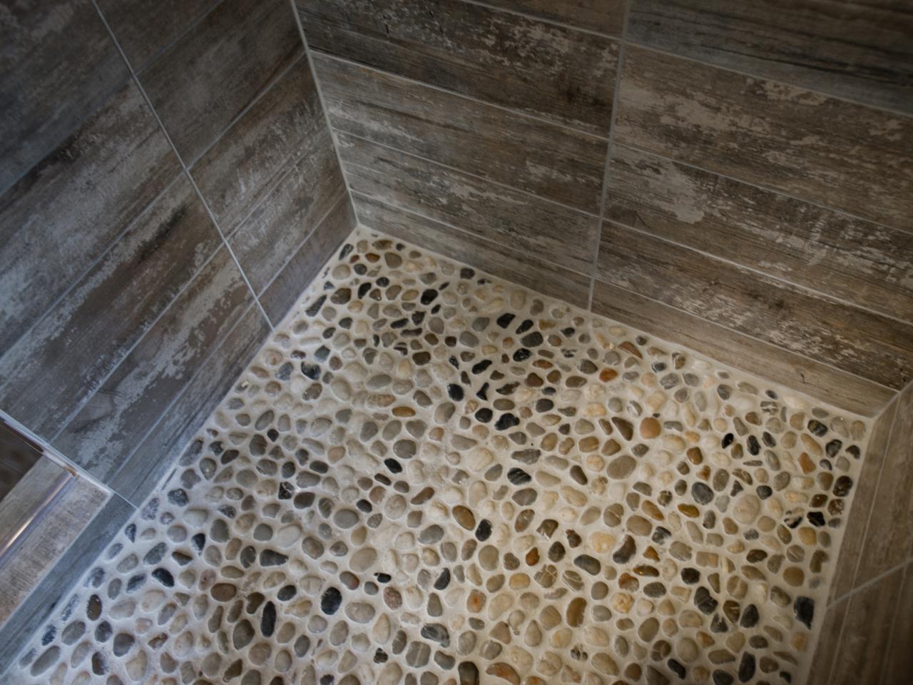 DH2014_artistic-34-EPP0662-Detail-tile-shower-floor_h.jpg.rend.hgtvcom.1280.960