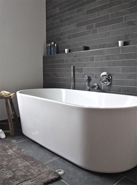 bathroom-dark-color-wall-design