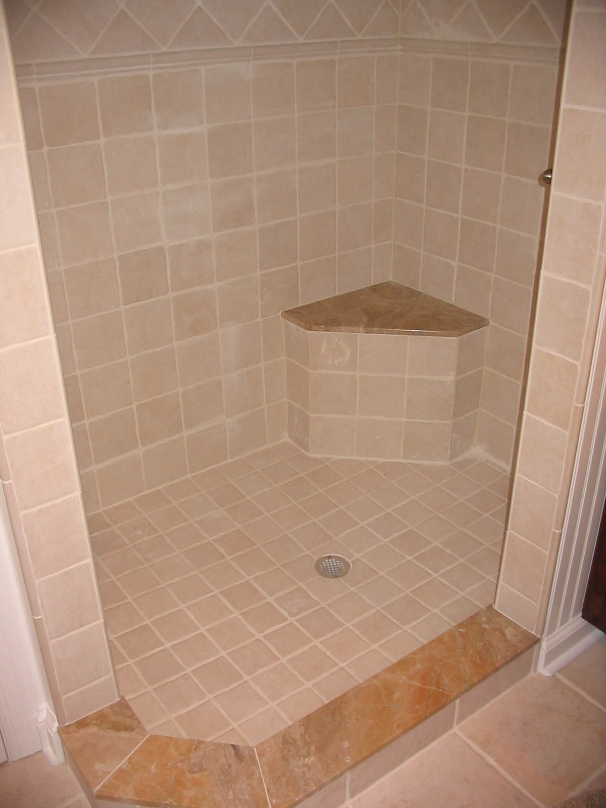 25 wonderful ideas and pictures of decorative bathroom tile borders Tile a shower