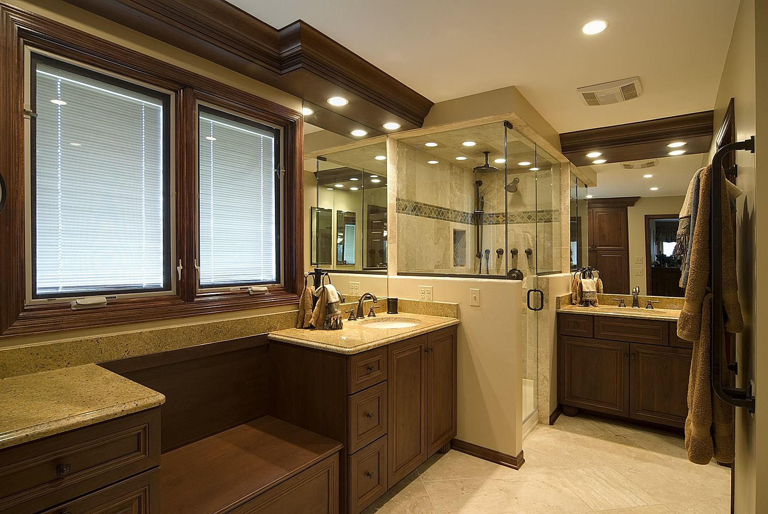 modern-traditional-bathroom-designs