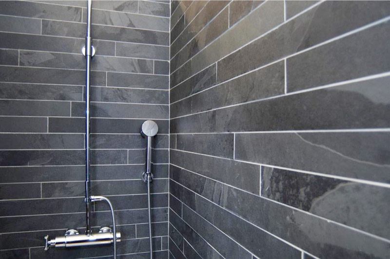 There Are Some Pictures Describing Diffe Ideas For The Use Of Natural Slate Bathroom Tiles We Strongly Advise You To Look Them Through More