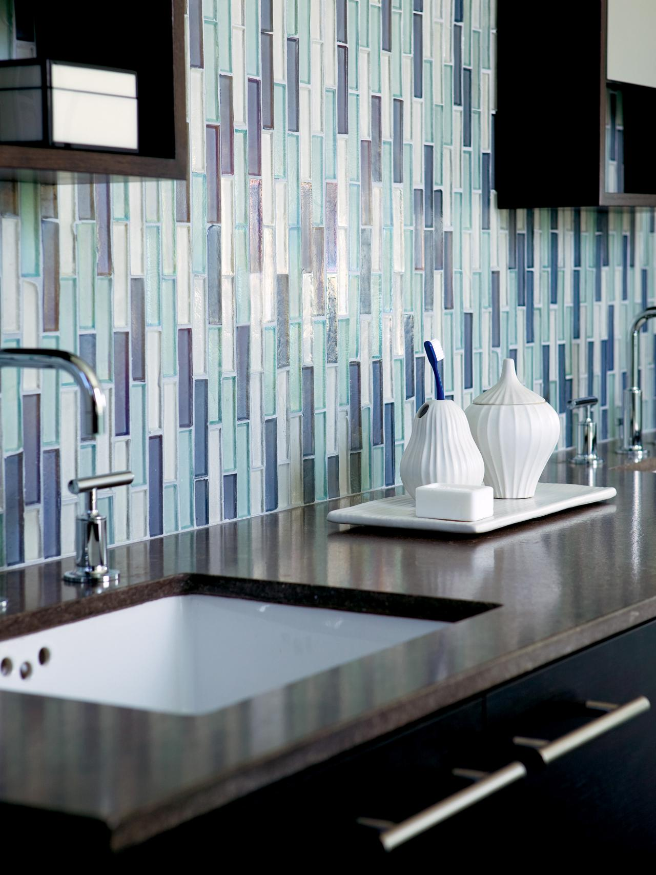 CI-Walker-Zanger_bathroom-tile-blues_v.jpg.rend.hgtvcom.1280.1707
