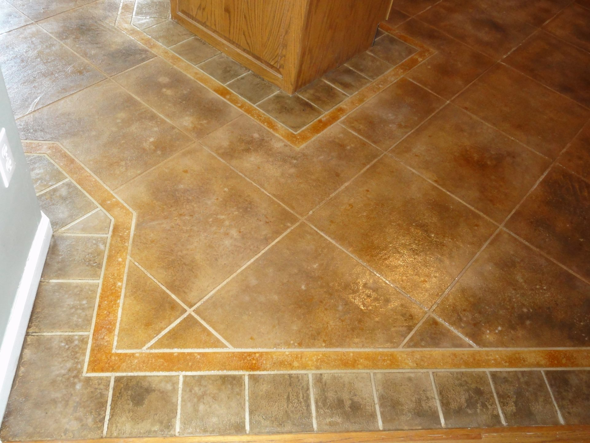 30 available ideas and pictures of cork bathroom flooring for Tile patterns for kitchen floor