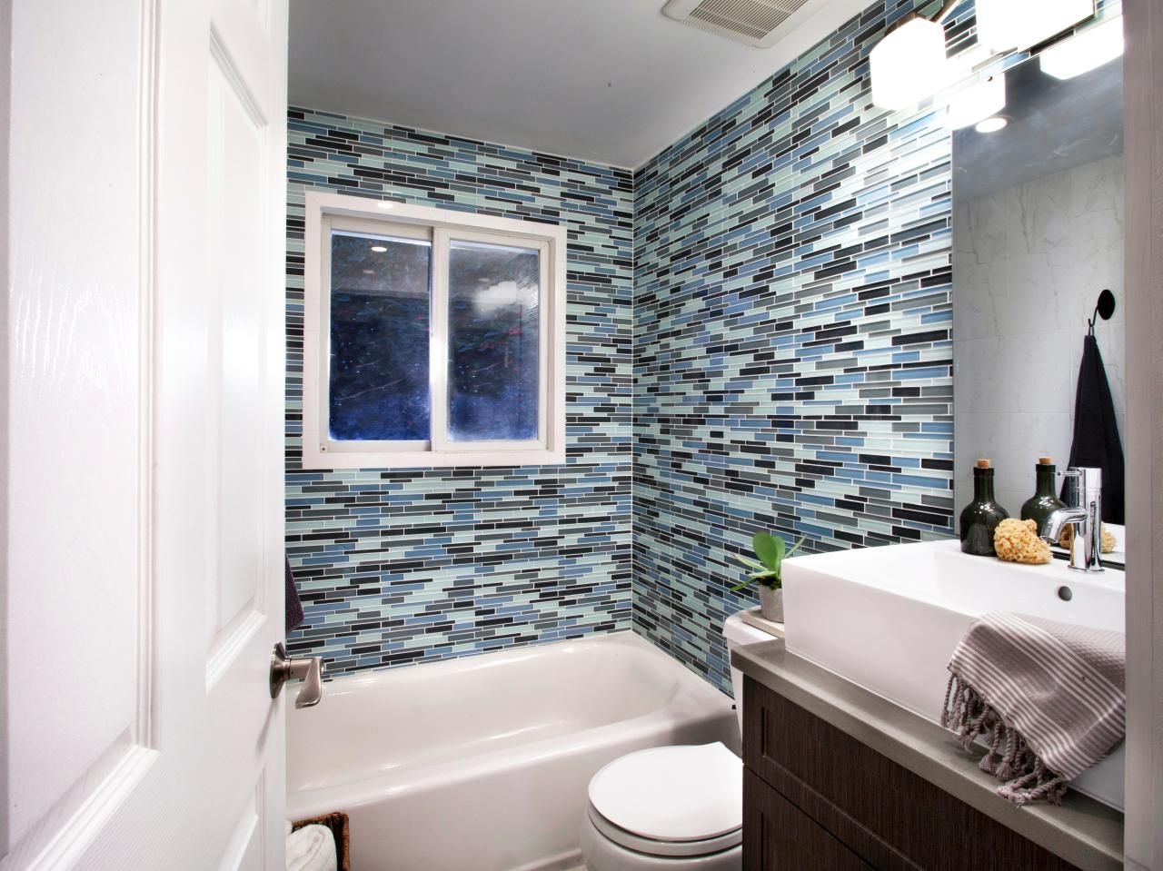 HCOCL112H_Bathroom-Glass-Tiles_After.jpg.rend.hgtvcom.1280.960