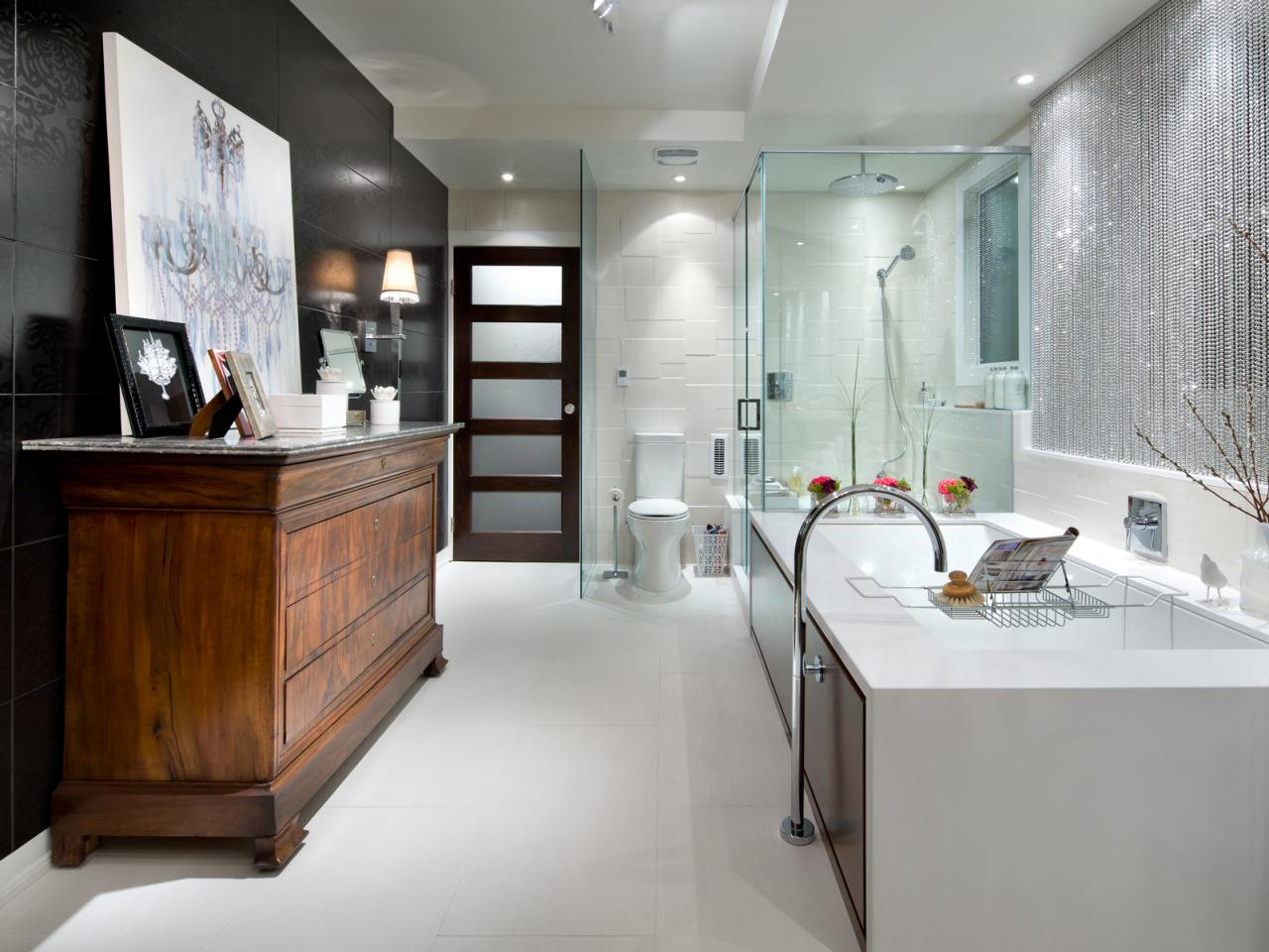 HCTAL211L_Candice-Olson-Eclectic-Luxury-Bathroom.jpg.rend.hgtvcom.1280.960