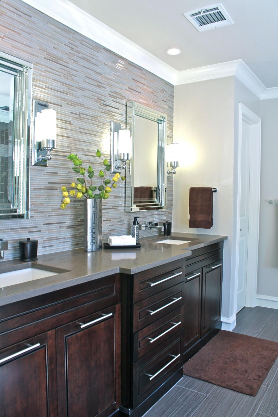 Likable Art Deco Bathroom Ideas With Grey Vanity