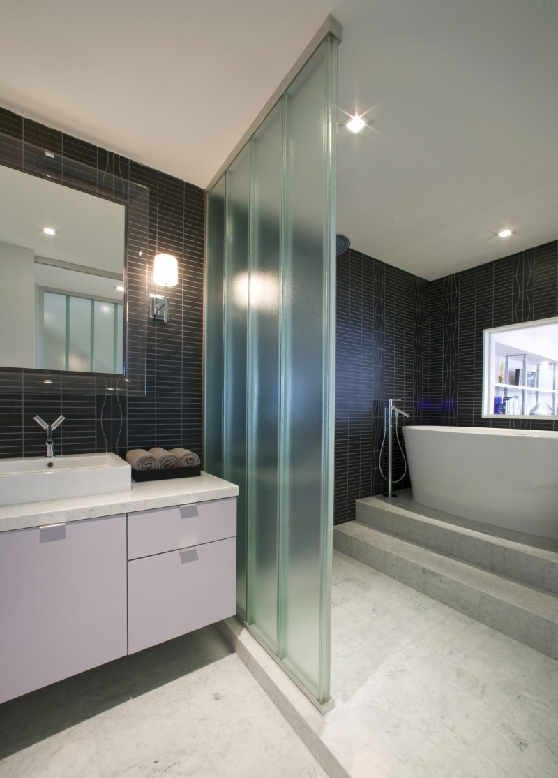 Luxury-Granite-Floor-Tiles-With-Glitter-For-Bathroom-Design-With-White-Vanities-Cabinets-and-Glass-Divider