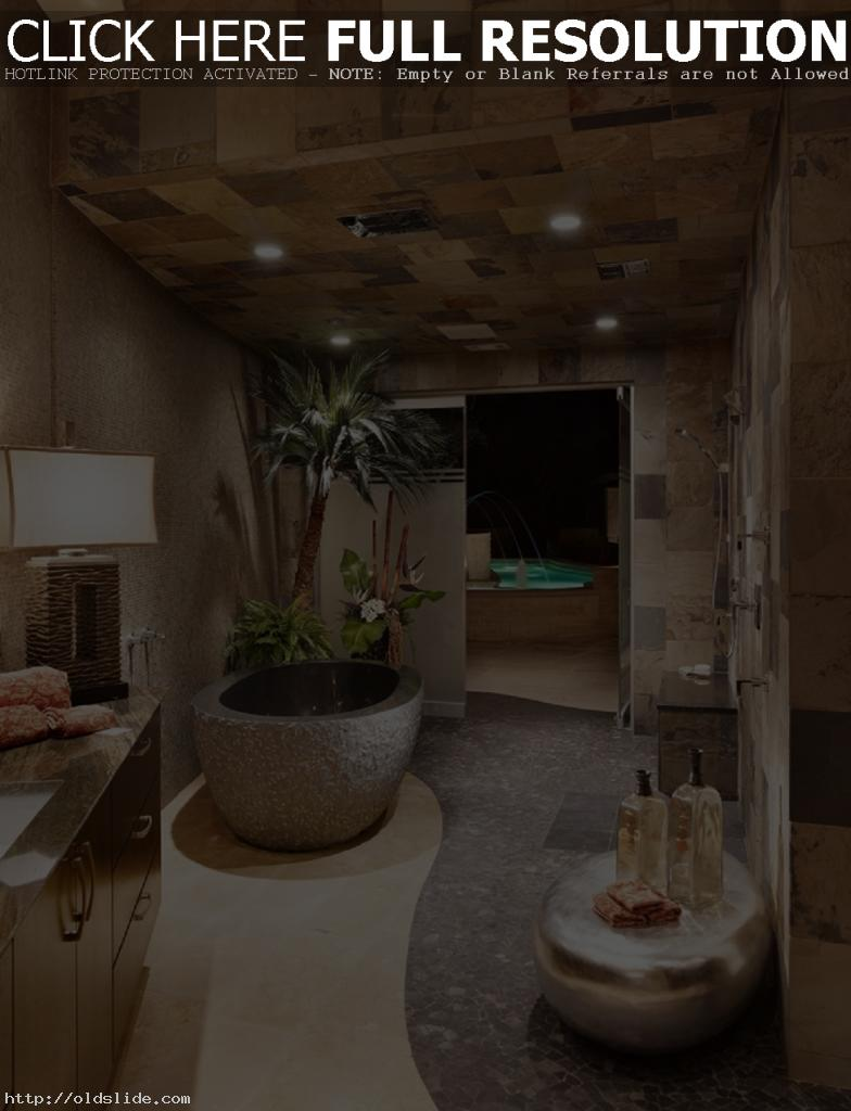 Luxury-bathroom-design-ideas-with-stone-master-bathtub