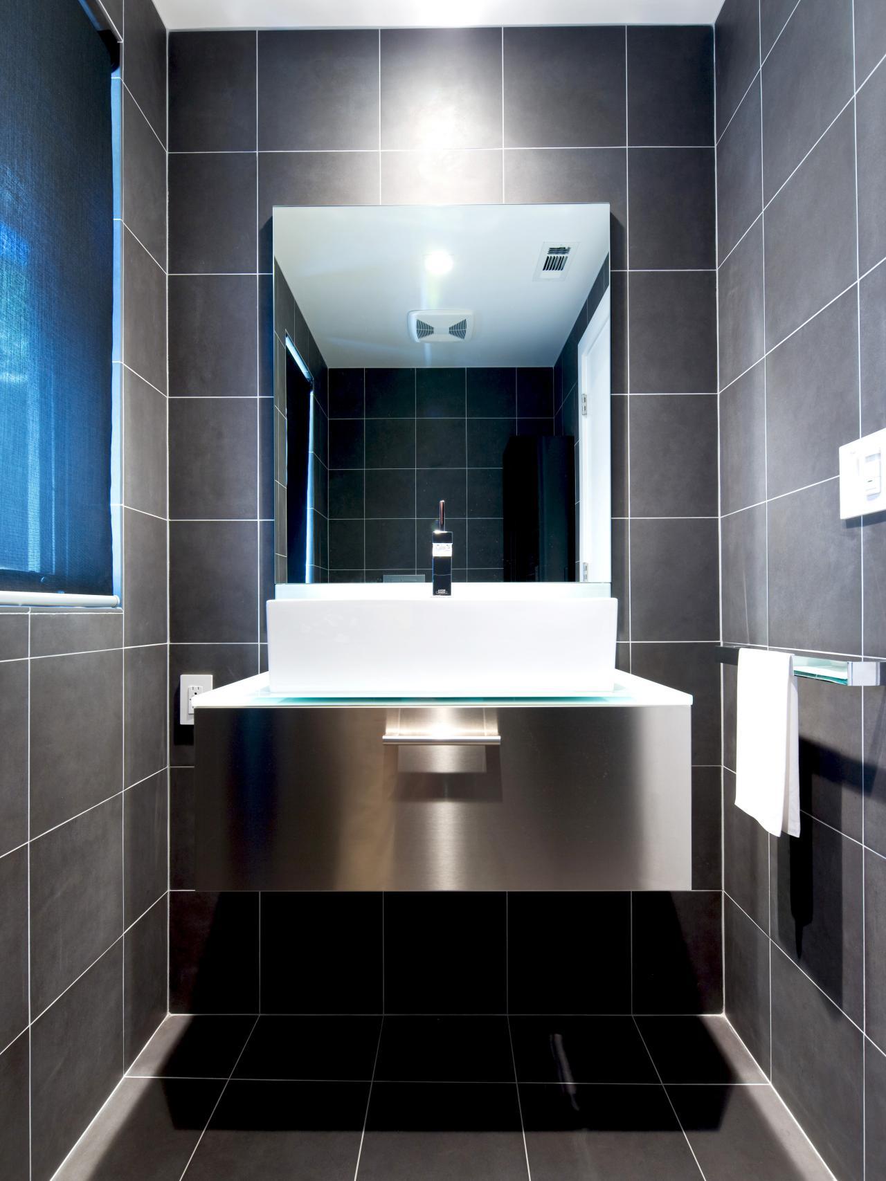 Original_Bathroom-Tile-Kriste-Michelini-Black-Tiled-Floors-Walls_s3x4.jpg.rend.hgtvcom.1280.1707