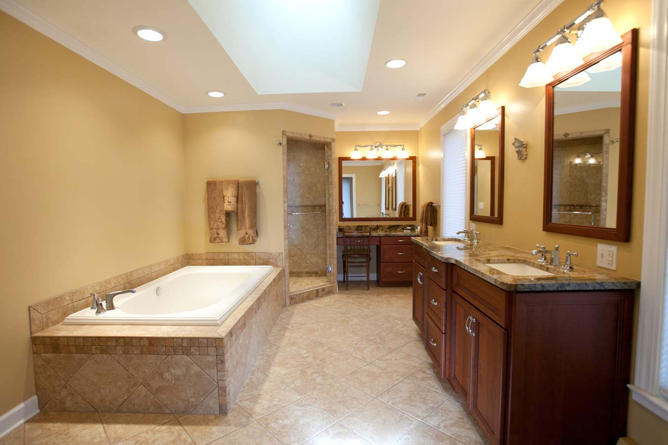 Remodeling-Ideas-For-Small-Bathrooms