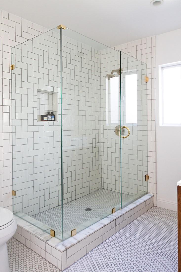Sarah-Sherman-Samuel-Smitten-Studio-bathroom-remodel-Remodelista-3