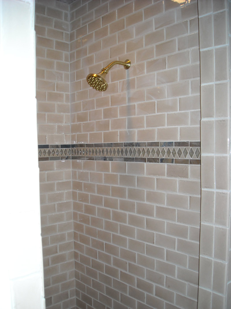 30 great pictures and ideas of decorative ceramic tiles for Bathroom ideas using subway tile