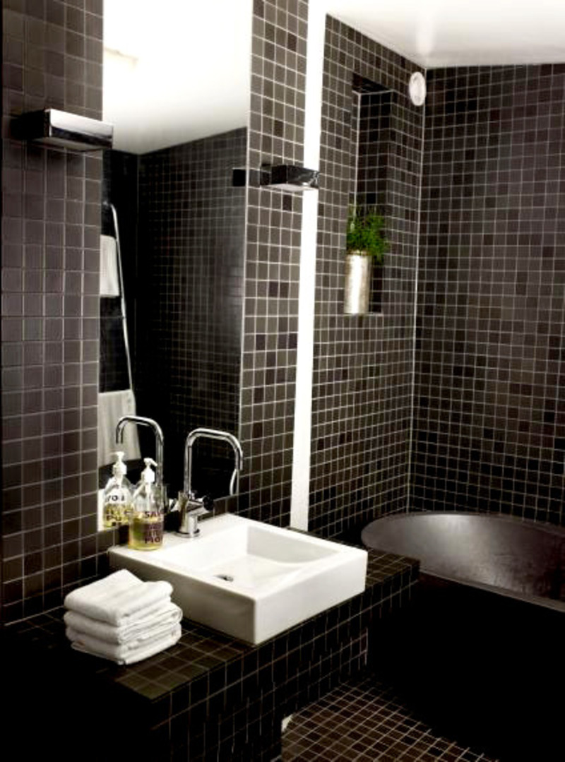 30 beautiful pictures and ideas high end bathroom tile designs for Dark bathrooms design