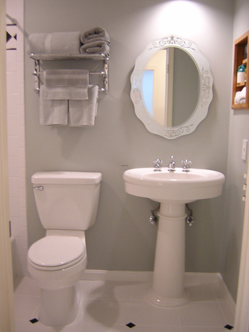 When Designing Bathrooms For Bathroom Design Ideas For Small Spaces    Buzzle Web Portal .