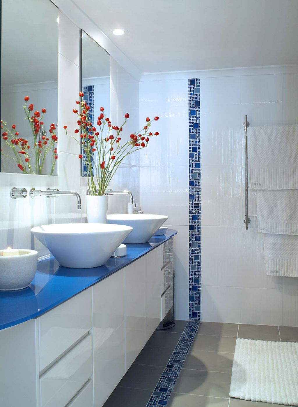 bathroom-with-blue-tiled-idea-and-chic-high-end-furniture-choice-for-gorgeous-look