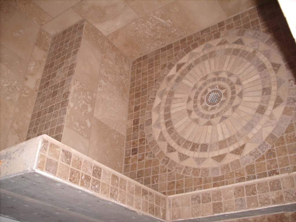 30 magnificent ideas and pictures decorative bathroom for Shower floor tile