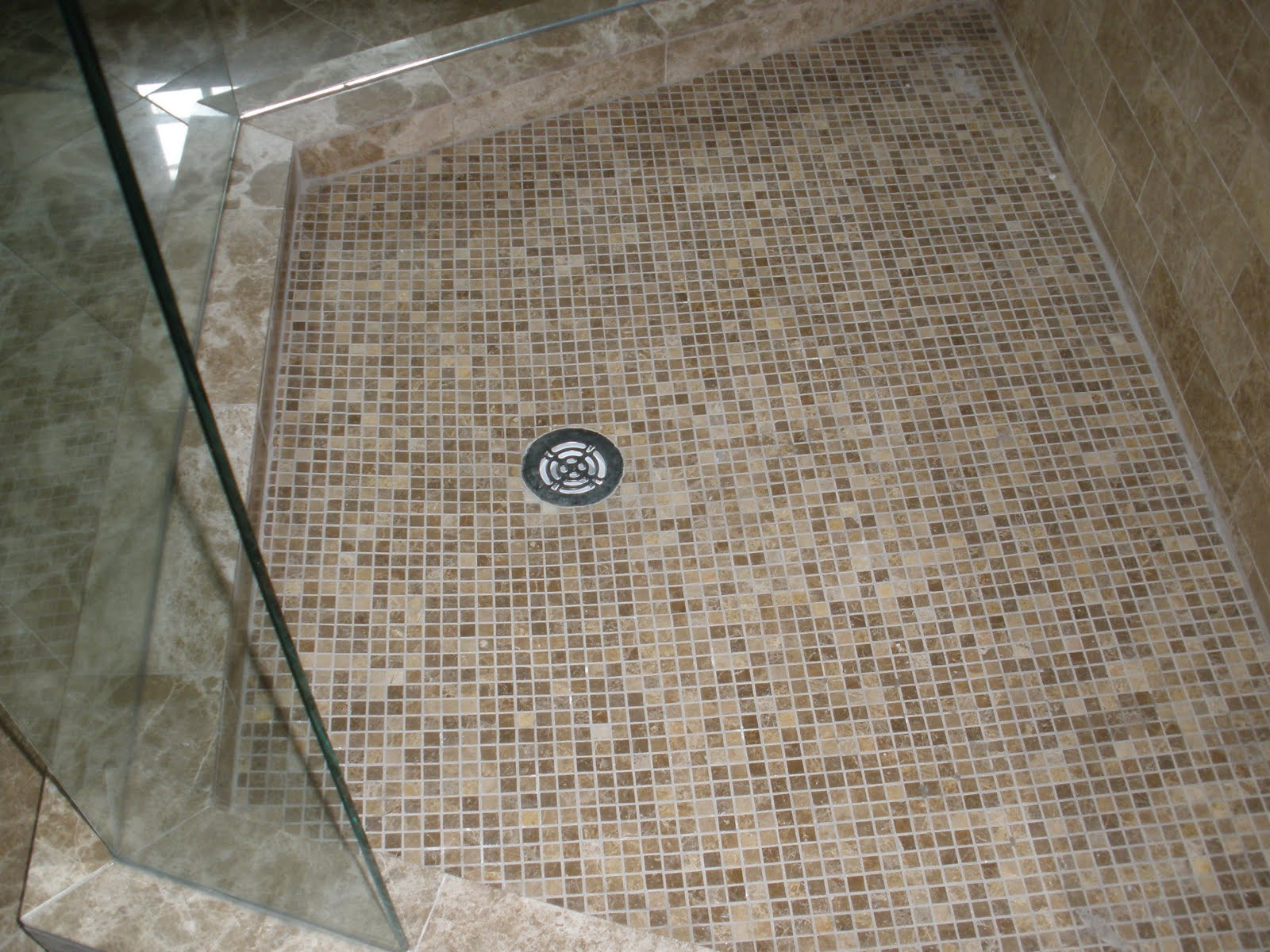 30 available ideas and pictures of cork bathroom flooring tiles cool cork mosaic floor tile simple bathroom floor dailygadgetfo Image collections