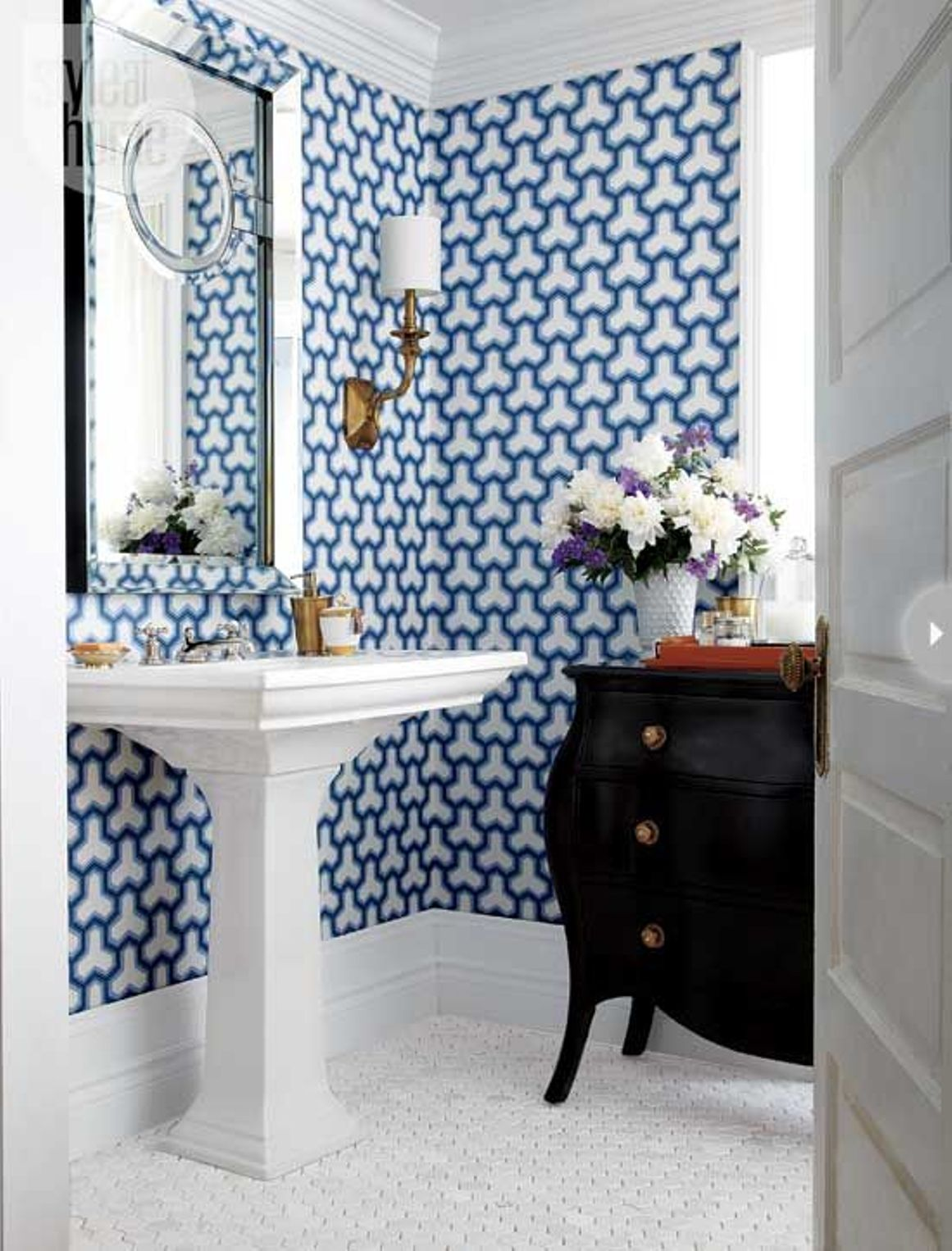 30 ideas on using hex tiles for bathroom floors Do your own bathroom design