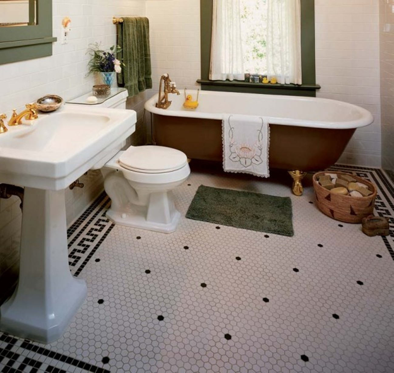 30 ideas on using hex tiles for bathroom floors. Black Bedroom Furniture Sets. Home Design Ideas