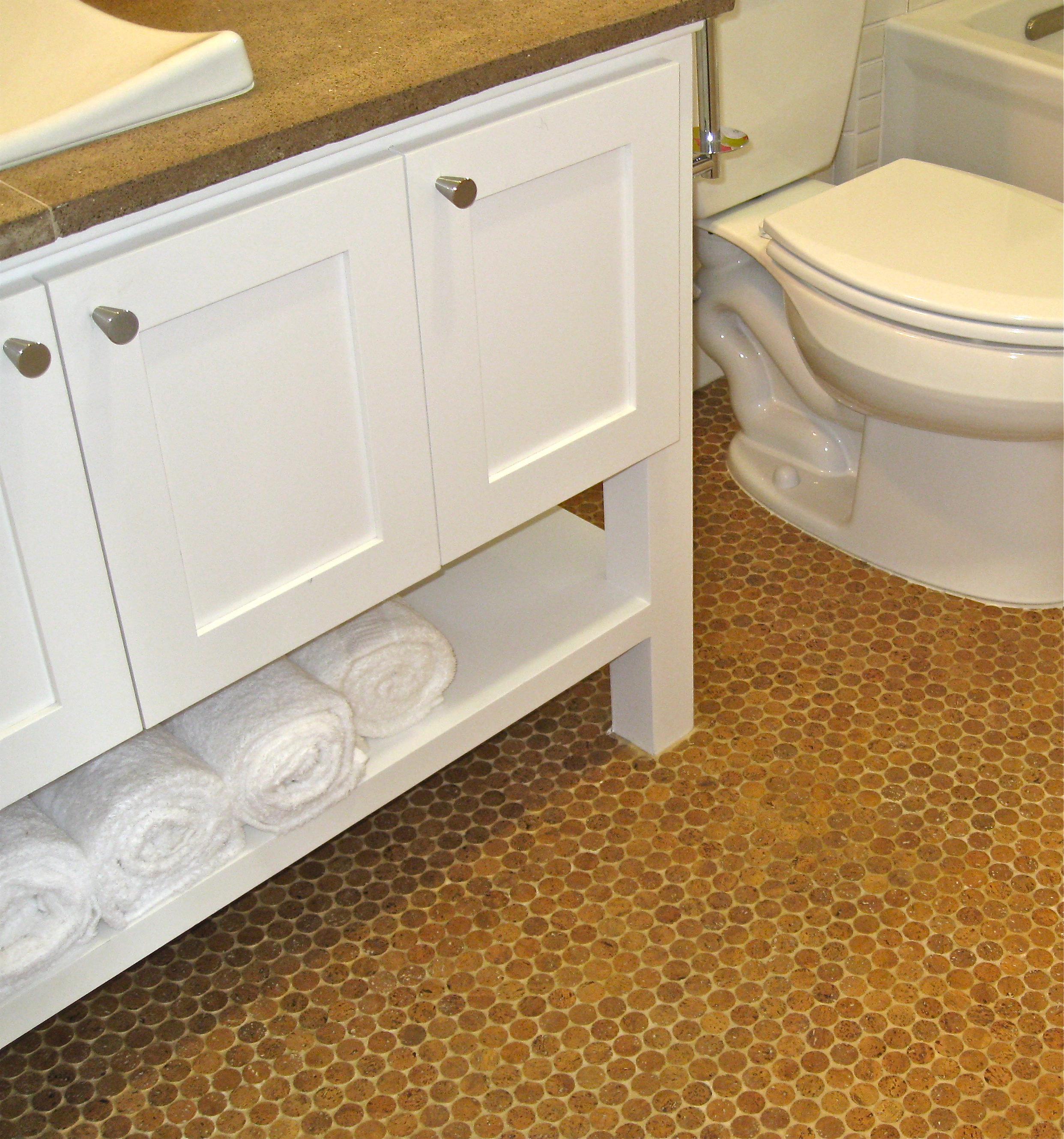 30 available ideas and pictures of cork bathroom flooring for Ideas for bathroom flooring