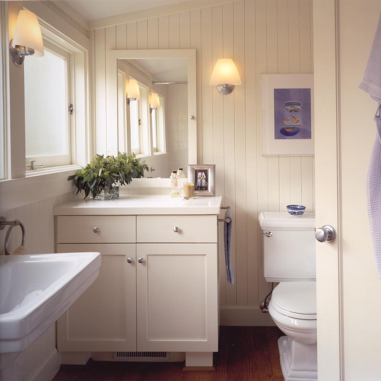 Heidi-Richardson_Renovation-Cottage-Ross-Bathroom.jpg.rend.hgtvcom.1280.1280