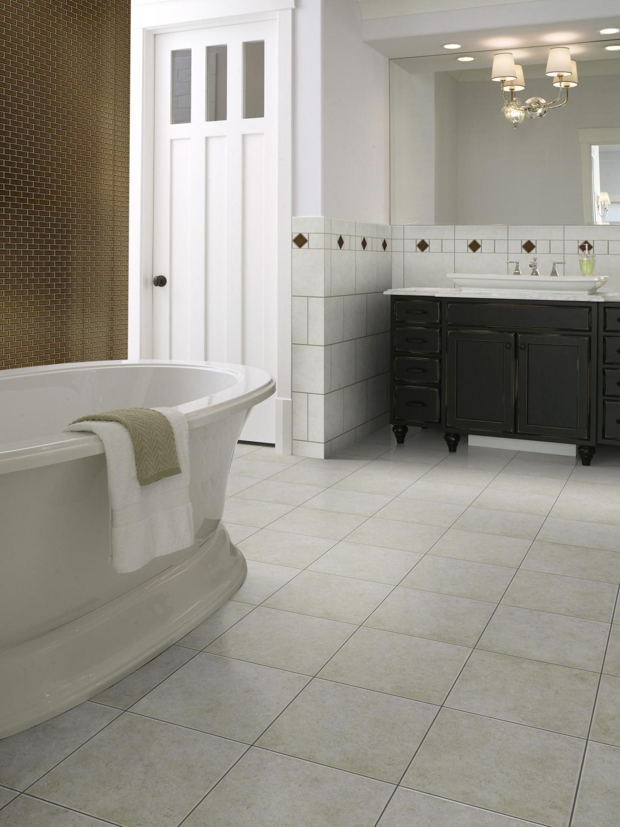 sp0214_pedestal tub tile_s3x4jpgrendhgtvcom12801707 - Bathroom Floor Tile Design Pictures
