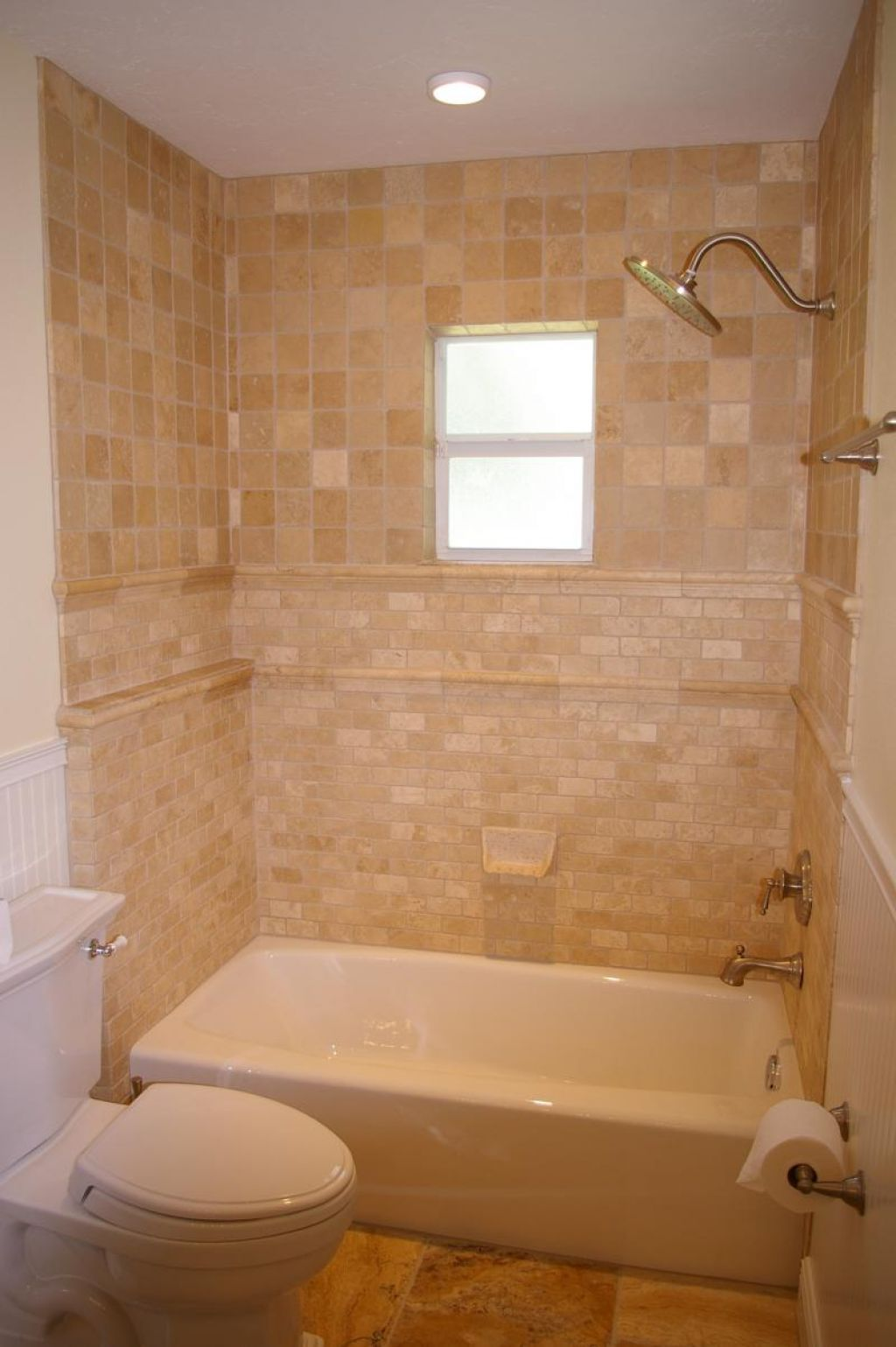 30 shower tile ideas on a budget for Small bathroom design ideas with tub
