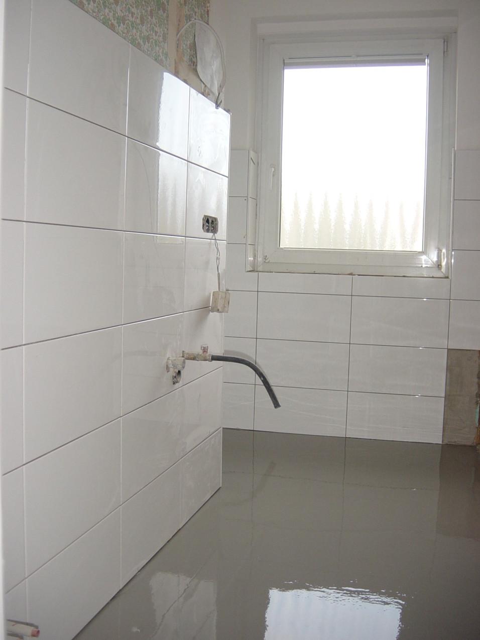 bathroom-reno-day-4-003
